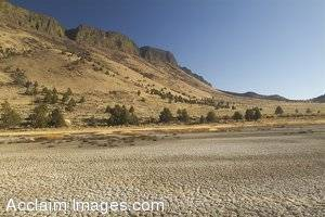 Stock Photo of the Lake Albert Rim in Oregon