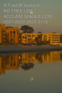 Stock Photo: Mission Bay, San Diego Moonrise