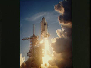 Free Photo of Space Shuttle Lift Off