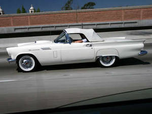 Free Picture of a White 1957 Thunderbird Convertable