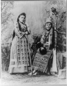 Free Picture of Two Russian Peasant Women