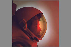 Free Concept Photo of an Astronaut with Helmet On