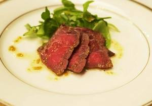 Free Picture of Sliced Roast Beef and Greens