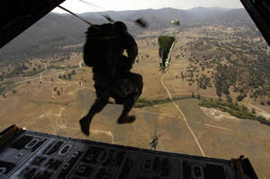 Free Picture of Soldier Jumping From Plane