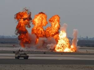 Free Picture of Fire Plumes in Iraq