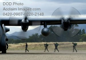 Free Public Domain Picture: Soldiers Boarding a C-130 Hercules Aircraft