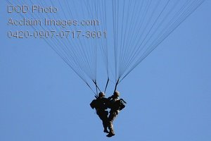 Free Public Domain Picture: Army Soldiers With Tangled Parachutes Drop To the Ground