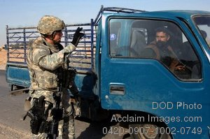Free Public Domain Picture: U.S. Army Soldier Seaching a Truck at Iraqi Checkpoint