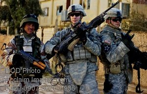 Free Public Domain Picture: Iraqi Soldier Posing With American Soldiers