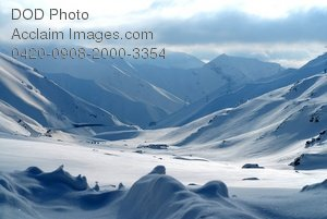 Free Public Domain Picture: Snow Covered Valley Surrounded By Mountains Photo