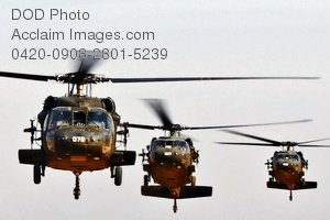 Free Public Domain Picture: Military Choppers Flying In Iraq Photo