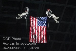 Free Public Domain Picture: U.S. Servicemen Rappelling With The American Flag