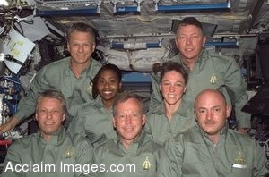 Clip Art Photo of the STS-121 Crew and Thomas Reiter, 2006 Space Shuttle